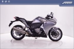 Honda VFR1200F DCT ABS 2010 zilver/zwart - All road