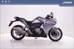 Honda VFR1200F DCT ABS 2010 zilver/zwart - All road