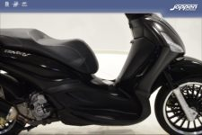 Piaggio Beverly 300 2018 zwart - Scooter