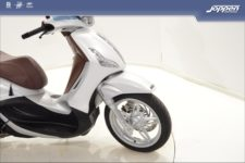 Piaggio Beverly 350 Sport 2019 wit - Scooter